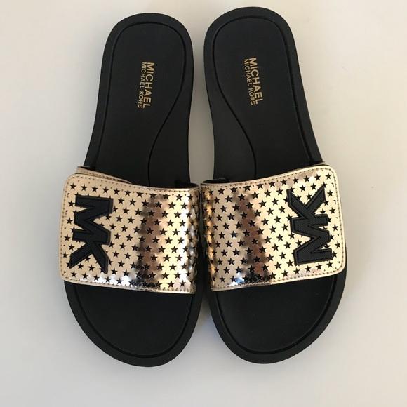7362439268d6 Michael Kors Slide Sandals Pale Gold 7M NIB